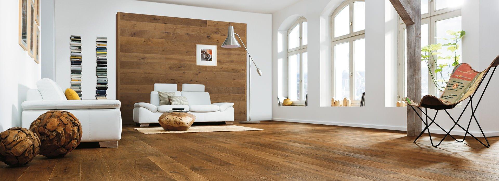 Holz design wand von haro sch nreiter baustoffe - Laminat an die wand kleben ...